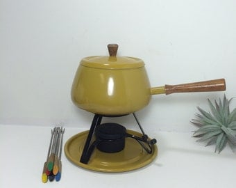 Fondu Set - Includes 6 Colored Stainless Steel Teak Forks - Lid - Stand - Candle Holder with Slide Top Cheese Chocolate Melting Pot