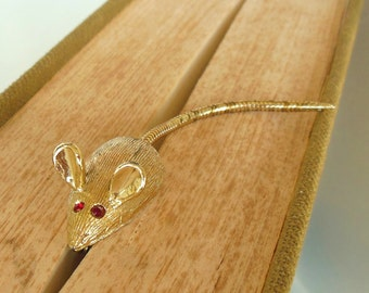 Vintage Mouse Rhinestone Brooch Gold Red 50's (item 174)