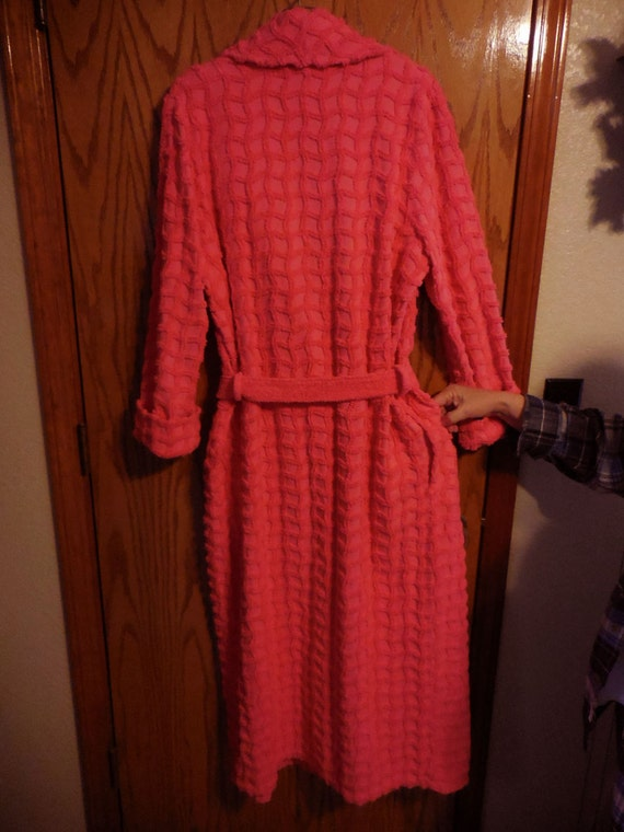 Vintage Hot PINK Chenille ROBE Mark Travers Hot Pink