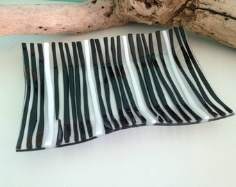 Black and White Glass Wave Platter