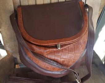 SADDLE     ///     Small Leather VTG Purse