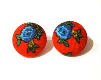 Large bright red fabric covered button earrings with blue roses an yellow flowers