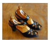 SALE / vintage 1940s shoes / 40s black leather peep toe heels / peacock shoes / size 7 7.5 narrow