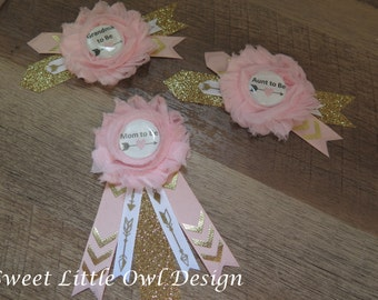 Mom to Be Pin/ Corsage- for BABY SHOWER PIN- Light Pink with Gold glitter and arrow accents