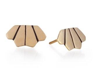 14k Gold Stud Earrings - Tiny Post Earrings - Everyday Gold Stud Earrings - Simple Gold Earrings - Geometric Crown Stud Earrings -Gold Crown