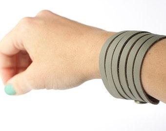 Leather Bracelet / Original Sliced Cuff / Slate / #139