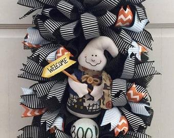 Halloween Boo Ghost Door/Wall Swag Wreath, Ghost Swag, Ghost Wreath, Halloween Wreath