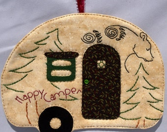 Vintage Trailer Happy Camper Mug Rug - Tan Bear in the Woods