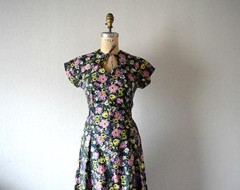 1940s dark floral dress . vintage 40s dress