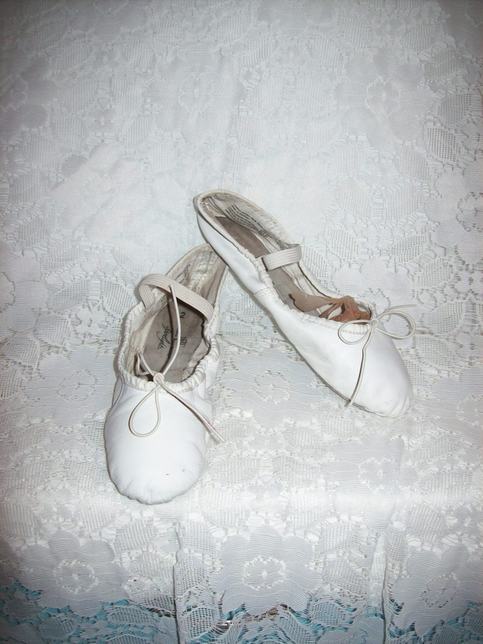 vintage white leather ballet shoes by susoriginals