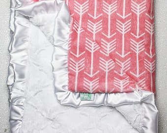 Custom Minky Blanket, READY TO SHIP Lattice blanket, Coral Arrow, Coral and White, Baby Girl, Crib Blanket, Modern Minky blanket,