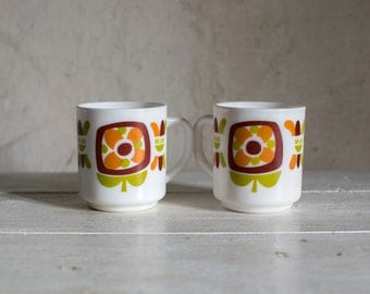 Vintage French Coffee Mugs // Arcopal 1970  Milk Glass Tea Cups