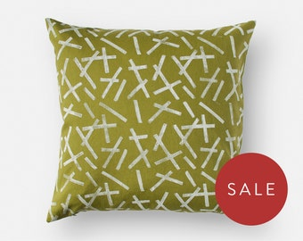 Green Pillow Cover - 16 x 16 Square Cushion - Hand Block Printed Throw Pillow - Bold Graphic Pattern - Linen and Cotton Blend