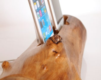 iPhone 5/6/7 dual dock - iPhone charging station - iPod charging station -  dual dock  - handmade from walnut log
