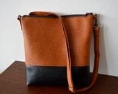 Shoulder bag / Crossbody purse / Two -tone vegan leather bag