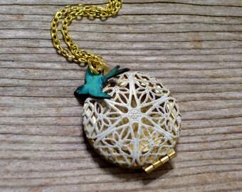 White Patina Brass Filigree Bird Nest Locket Necklace, Blue Bird Charm, Bird Jewelry, Blue White Locket Pendant, Round Brass Locket