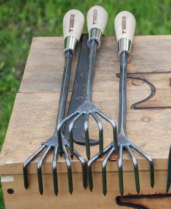 Crows foot cultivator garden hand tools hand forged for Garden tiller hand tools