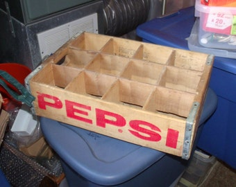 Pepsi Cola Wood Box, Pepsi box for 12 glass bottles, glass bottle Pepsi, L.E. Farrell Pepsi shipping crate.....