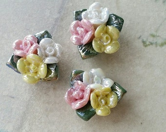 15 mm Two Holes and Flat Back Glazed Porcelain Cluster Roses  (t.s)