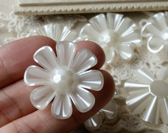 30 mm Beige Color Pearlised Sunflower Shape Flat Back Pearl Cabochons (.ta).