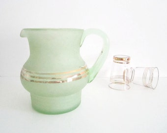 VINTAGE 1950s frosted green glass jug, pitcher - water, lemonade