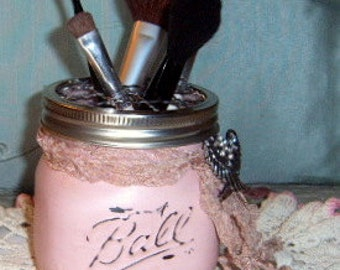 Altered Mason Jar, Pink Chalk Paint, Wide Mouth Mason Jar, Cosmetic holder, shabby chic, tooth brush holder, Pen Holder