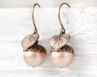 Acorn Earrings, Fall Leaf Earrings, Pearl Acorn Earrings, Acorn Leaf Earrings, Swarovski Pearl Earrings, Cream Earrings, Woodland Jewelry