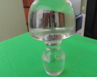 B379)  Vintage Large  Solid Clear Glass Bottle Stopper