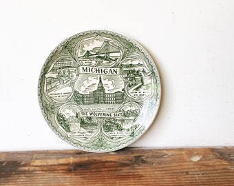 Vintage State Souvenir Plate Michigan Green Vacation Landmarks Travel Display