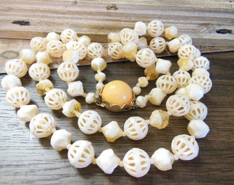 Vintage Hong Kong Cream Butterscotch Molded Caged Bead Layer Necklace FF20