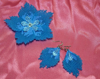Blue set brooch and earrings