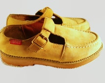 1990's Yellow Chunky Esprit Mary Jane's. Vintage T-Straps. 90's Grunge, Chunky 90s Oxfords Shoes, Suede Leather