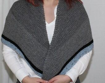 Knit Rent Shawl