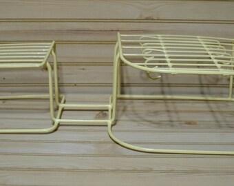 Vintage Rubber Coated Wire Dish Holder Kitchen Cabinet Shelf Organizer Storage Rack Pale Yellow/Off White