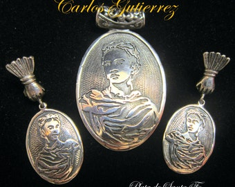 "CARLOS GUTIERREZ""Frida Kahlo Well Known Photo in 925 Pendant & Earring SET"