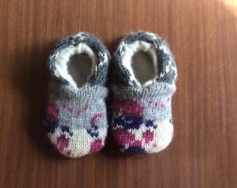 Custom wool slippers