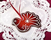 Mintapalinta POP Christmas tree ornaments: Dark Red Bird, Snowflakes in Dark Red or White-Beige, Unique Designed Wooden Christmas Ornaments