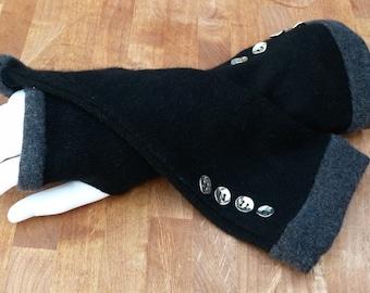 Black and dark grey cashmere fingerless gloves