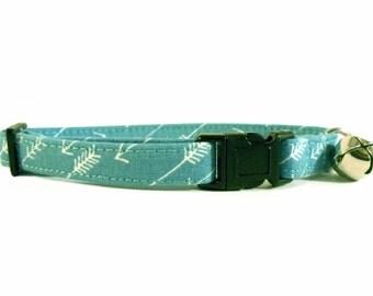 Cat or Small Dog Collar Arrows Ocean Blue