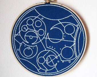Custom Gallifreyan Hoop Art, Doctor Who, Fandom Art