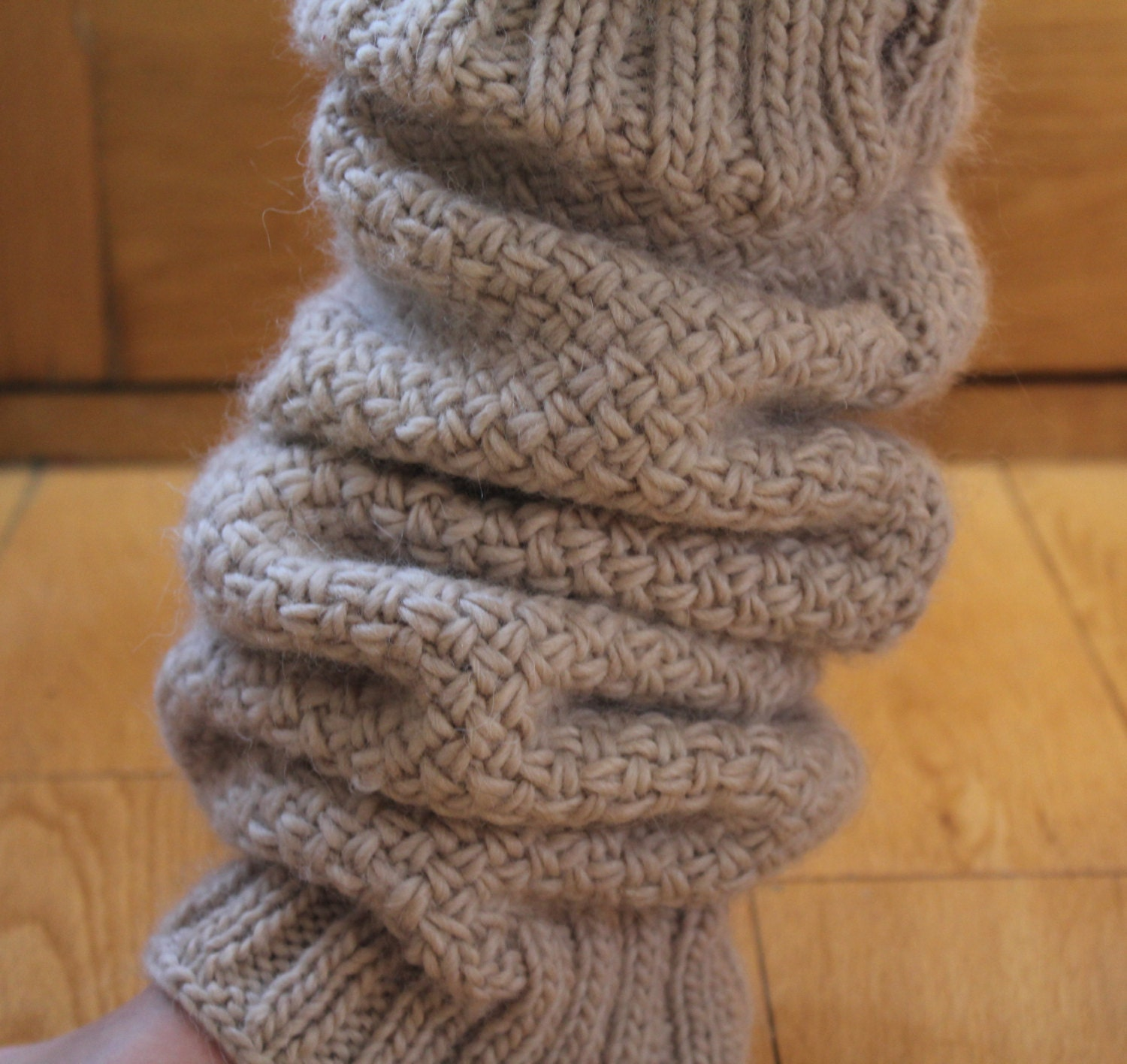 Diagonal Basketweave Knitting Pattern In The Round : KNITTING PATTERN Diagonal Basket Weave Legwarmers Cabled