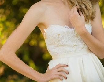 Bridal separates, ivory strapless lace bodice // Catarina