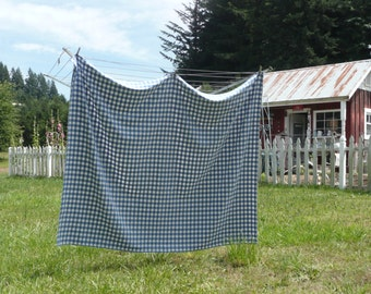 CUTTER? Vintage Damask Picnic Checked Tablecoth, Blue and White Cotton Gingham, Picnic Camping Tablecloth