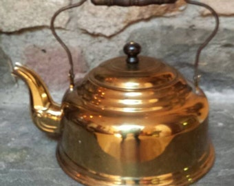 SALE.  Antique Brass Country Kettle