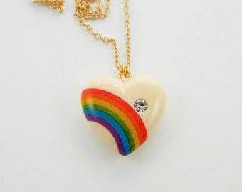 Heart & Rainbow Pendant Necklace - Cream