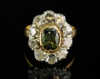Victorian Austro Hungarian 1,80 Ct natural green sapphire and diamond ring
