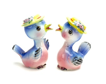 Vintage Norcrest Bluebird Salt and Pepper Shakers,  Bluebirds in Hats, Blue Birds, Kitsch, Mid Century Shakers, Bluebird Couple, Epsteam