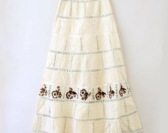 Vtg 60s 70s boho crochet Mexican Wedding Embroidered Floral Hippie Maxi skirt  S