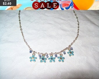 SALE 60% Off Dainty flower choker necklace, pretty dangling bead necklace as is