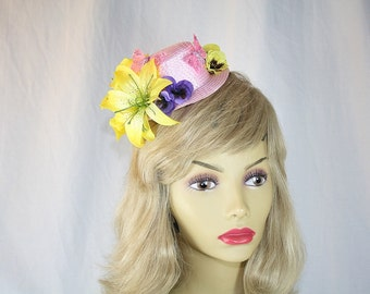 Yellow Lily Kentucky Derby Hat Mini Pink Top Hat Fascinator Hat Yellow Lily Church Hat Yellow Wedding Hat Perfect for Garden Party